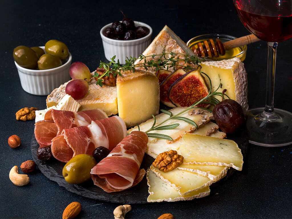 Plateau fromages charcuterie